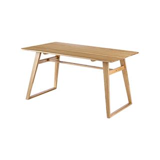 Wade白橡木系列实木圆角餐桌-设计款